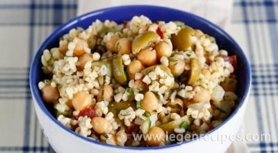 Tabula, serves Israeli cuisine
