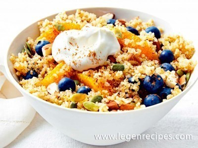 Breakfast quinoa salad