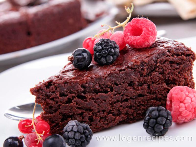 Chocolate cake without eggs in the slow cooker