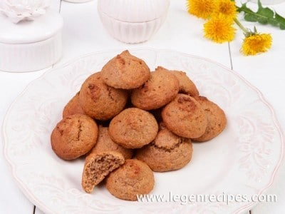 Cookies with apples, cranberries and walnuts