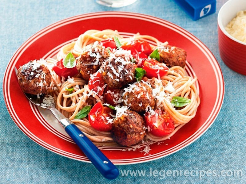 Italian meatballs with cherry tomato sauce