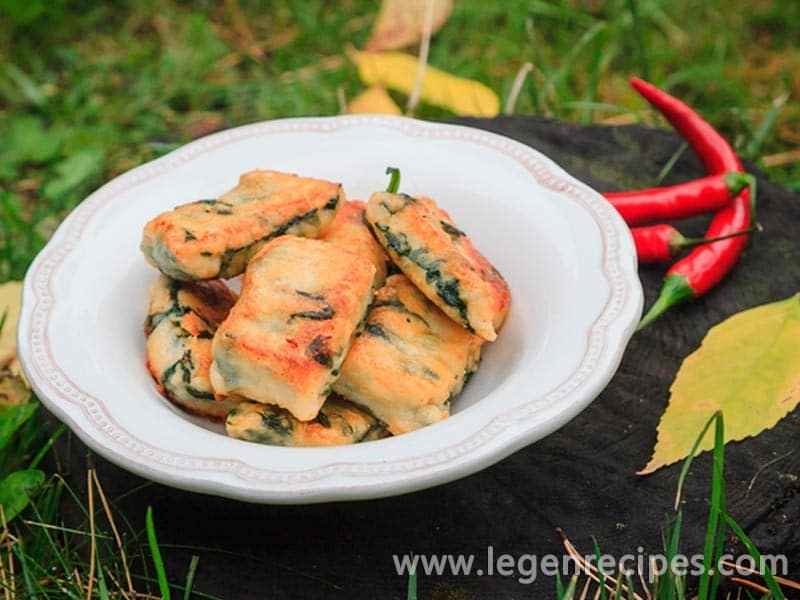 Lazy fried dumplings with spinach