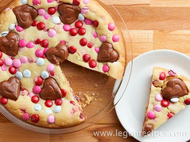 Peanut Butter M&M's Cookie Pie