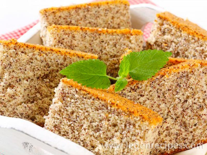Poppy seed cake sour cream