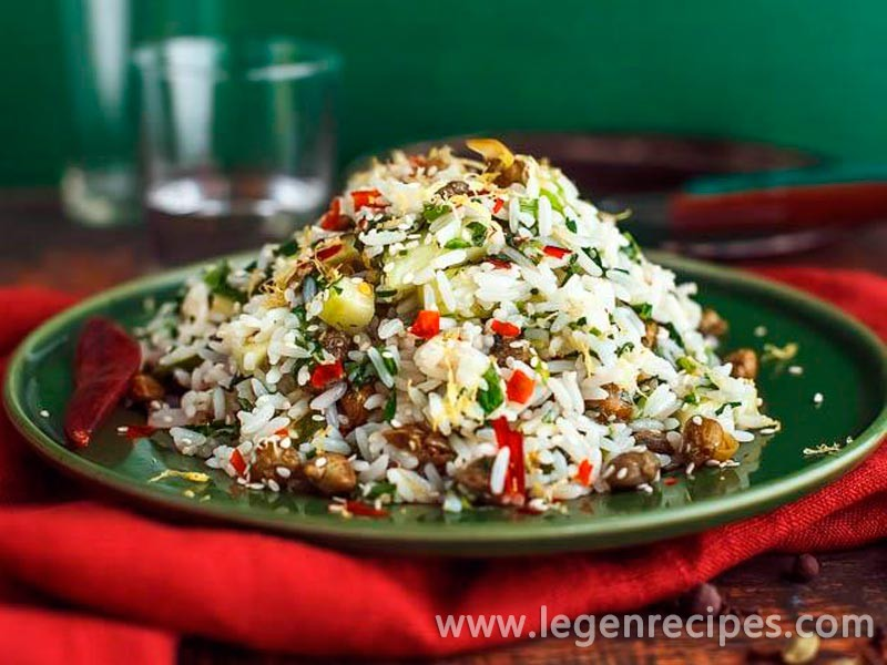 Rice salad with herbs and capers