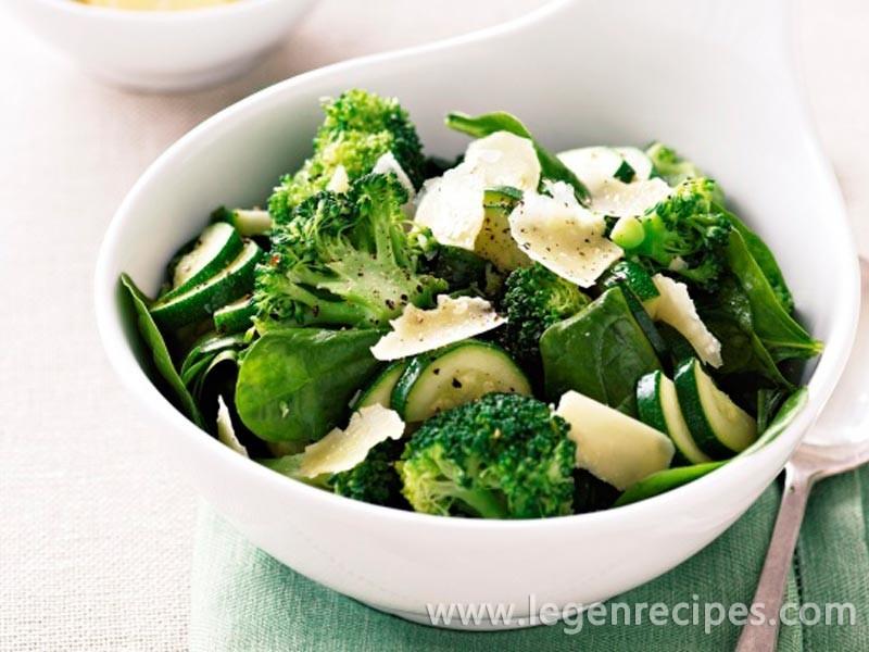 Sauteed broccoli, zucchini and baby spinach