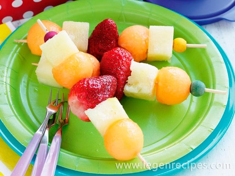 Summer fruit sticks with Milo swirl yoghurt