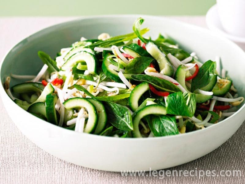 Thai chilli and cucumber salad