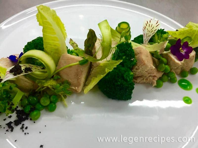 Turkey on the stalks of lemongrass with broccoli and peas
