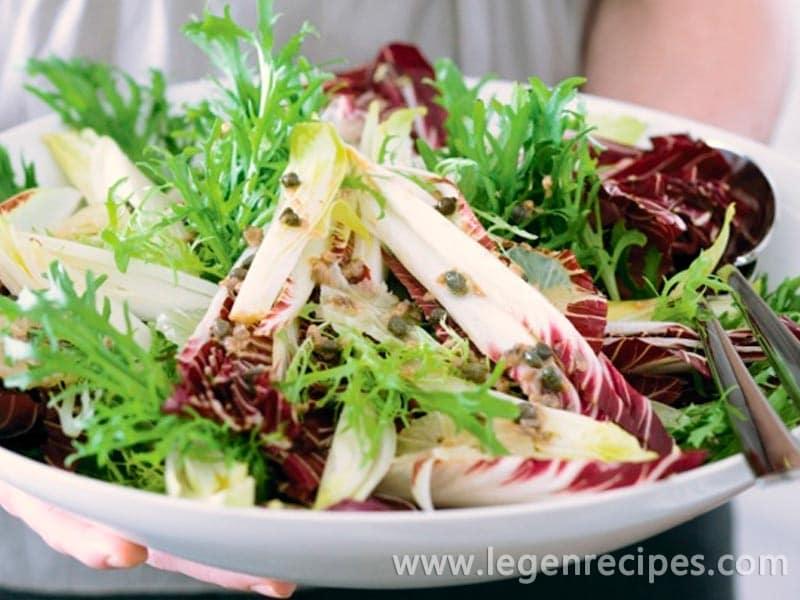 Winter leaf salad