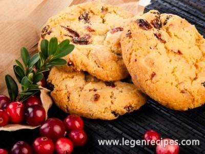 A simple cookie recipe with berries