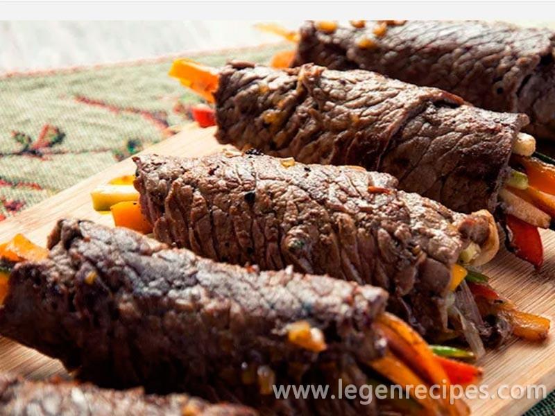Balsamic Steak Rolls Recipe