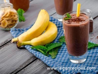 Banana-chocolate milkshake