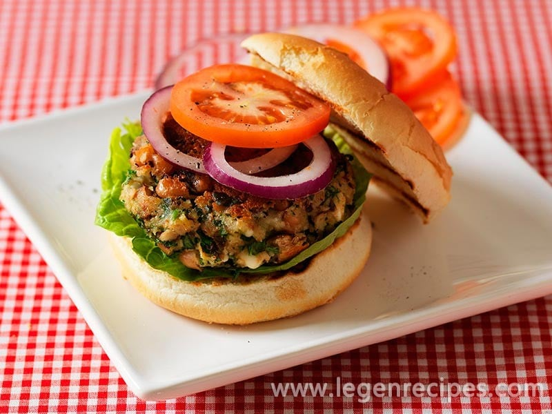 Black eyed bean, feta and herb burgers