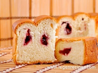 Cake recipe with cherries in slow cooker