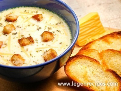 Cheese soup: the recipe with croutons