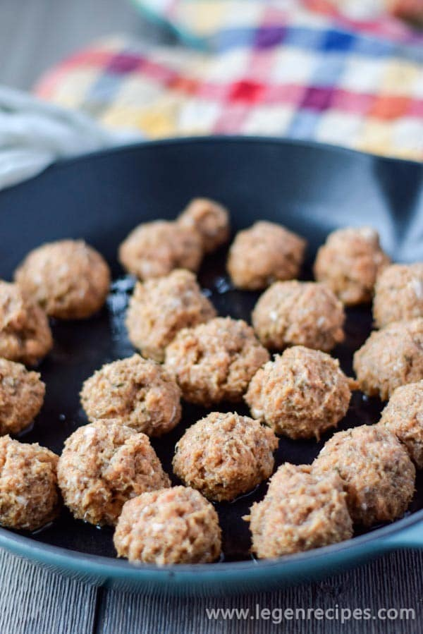 Especially-Delicious-Chicken-Meatballs-4