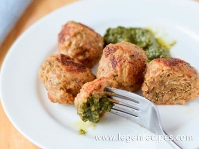 Especially delicious chicken meatballs