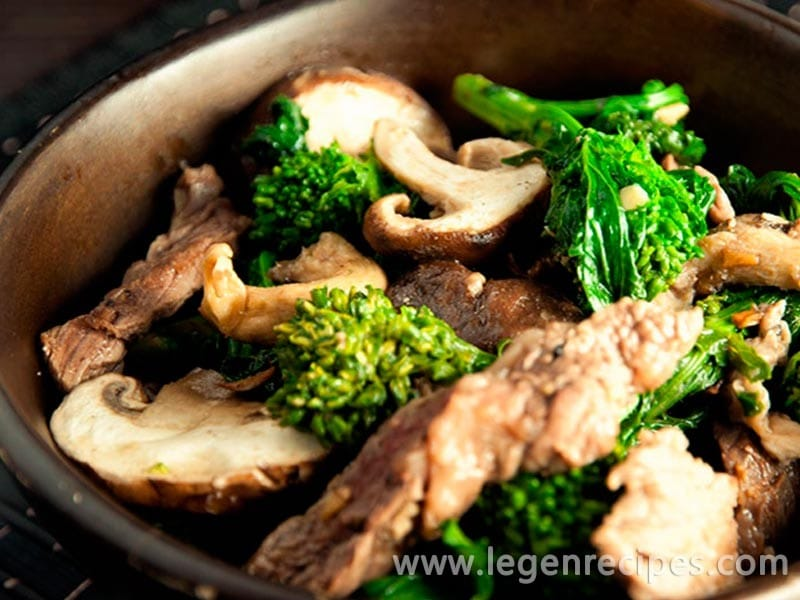 Ginger, Beef, and Mushroom Stir-fry Recipe