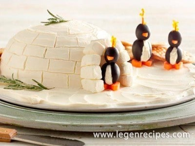 Igloo Spread with Cream Cheese Penguins