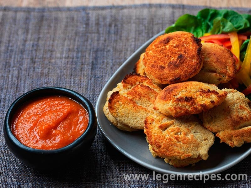 Phulouri (split pea fritters with hot sauce)