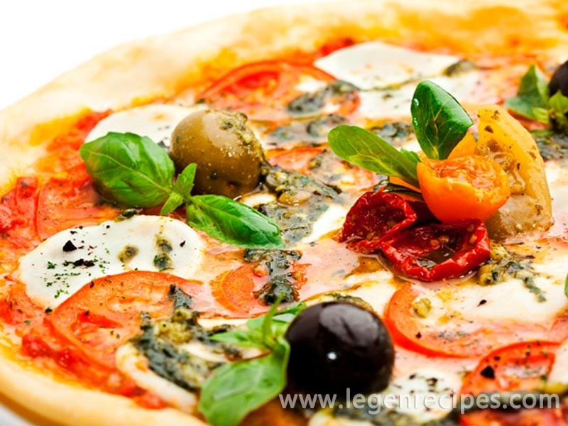 Pizza recipe with smoked meat and mushrooms