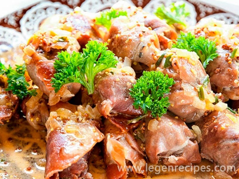 Prosciutto-Wrapped Beef Cubes Recipe