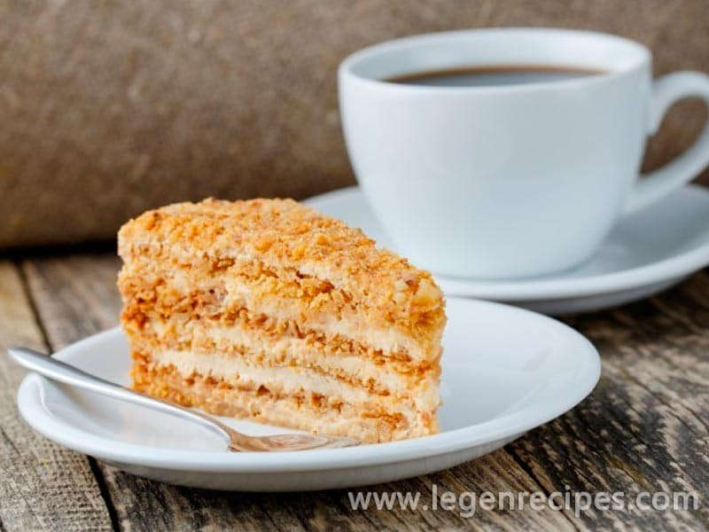 Recipe honey cake with sour cream