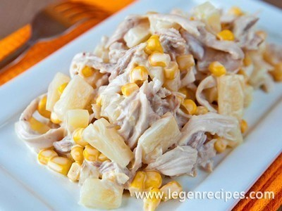 Recipe salad with pineapple and chicken and mushroom