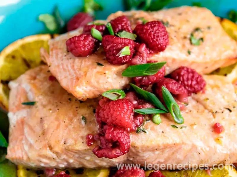 Salmon Fillets With Orange-Raspberry Sauce Recipe