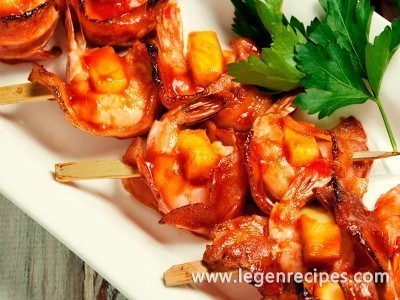 Shrimp, Pineapple and Bacon Skewers Recipe