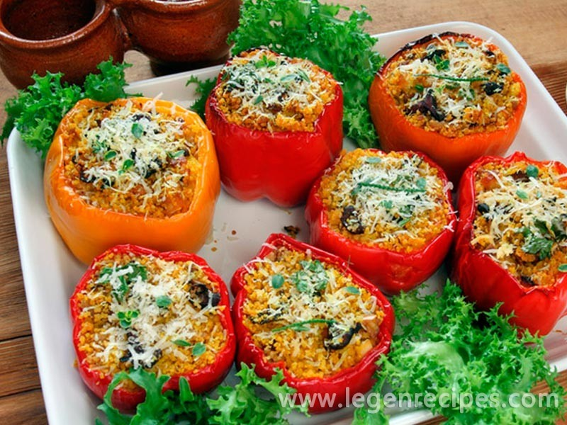 Stuffed peppers: recipe with mushrooms and couscous