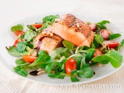Salmon with nuts