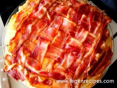 Sinfully Good Macaroni and Cheese Pie with a Bacon Lattice
