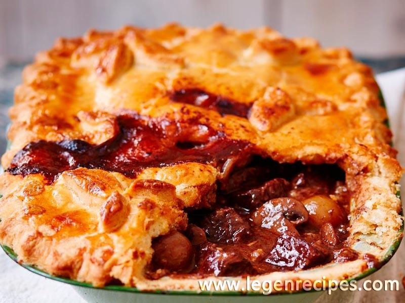 Beef bourguignon pie recipe