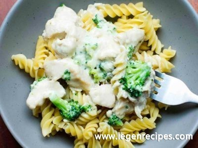 Broccoli Chicken Alfredo