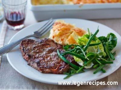 Garlic steak with dauphinoise potatoes recipe