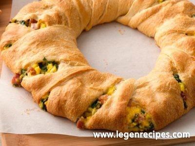 Ham and Eggs Crescent Ring
