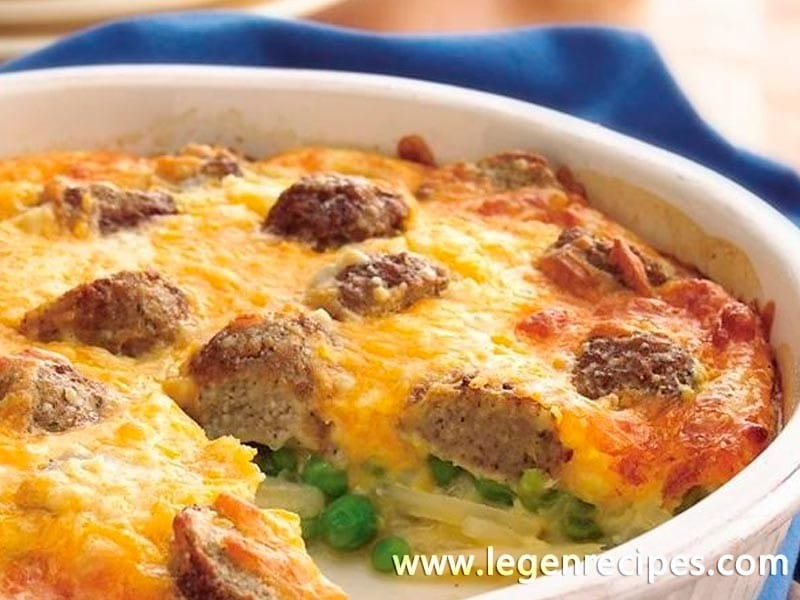 Impossibly Easy Cheesy Meatball Pie