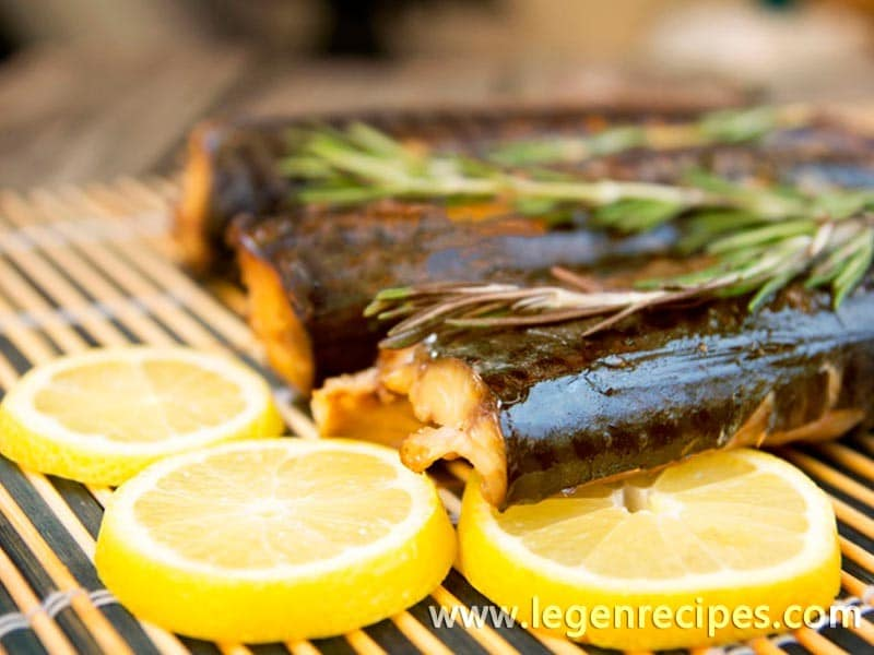 Mackerel on the grill: recipe with vegetables and herbs
