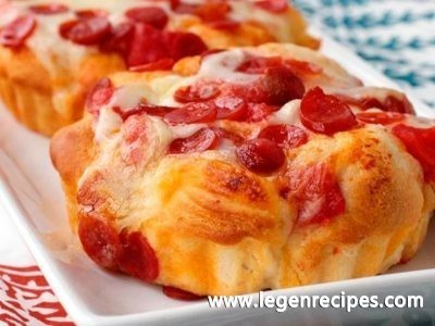 Pepperoni-Pizza Monkey Bread