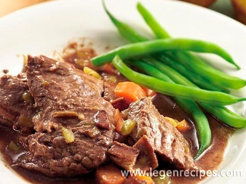 Slow-Cooker Beef Roast with Bacon-Chili Gravy - Legendary ...