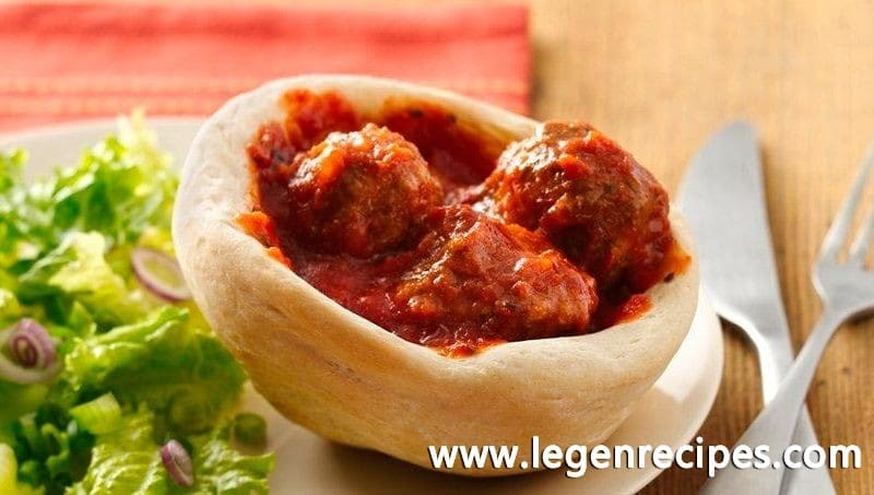Slow-Cooker Meatballs in Mini Bread Bowls