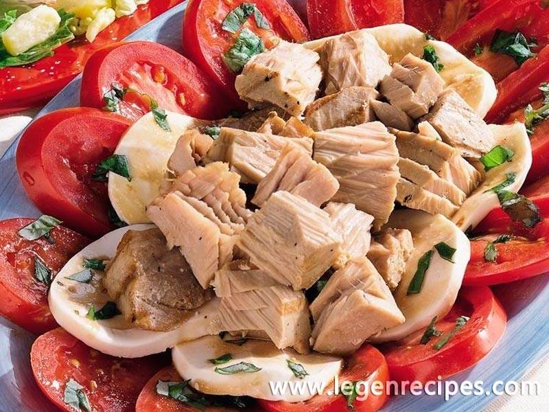 Tuna, Tomato and Mozzarella Salad