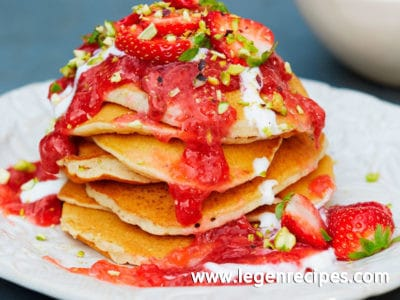 American pancakes with strawberry kuzu compote