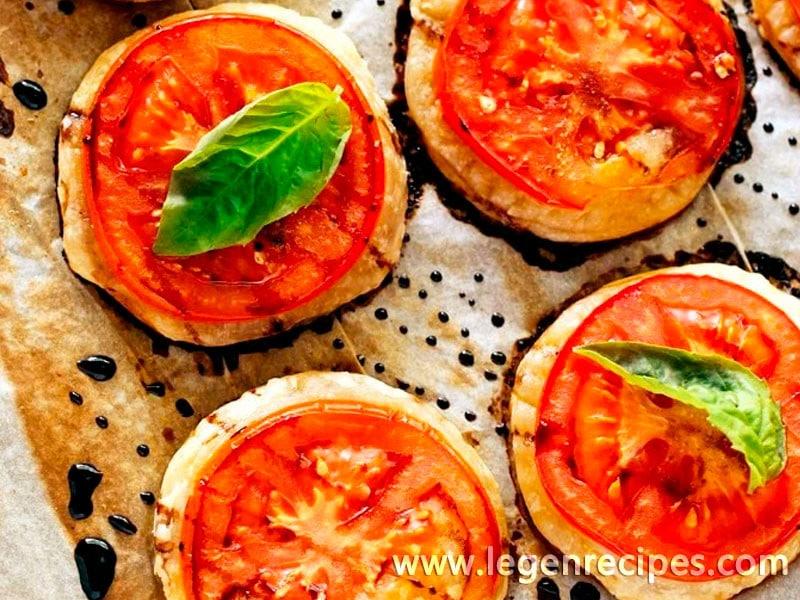Savoury Roasted Tomato & Balsamic Puff Pastry Bites