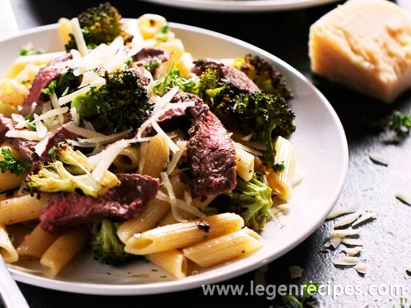 Steak & Blue Cheese Pasta with Roasted Broccoli